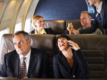 bad-airplane-passenger-behavior-loud-cell-phone.jpg