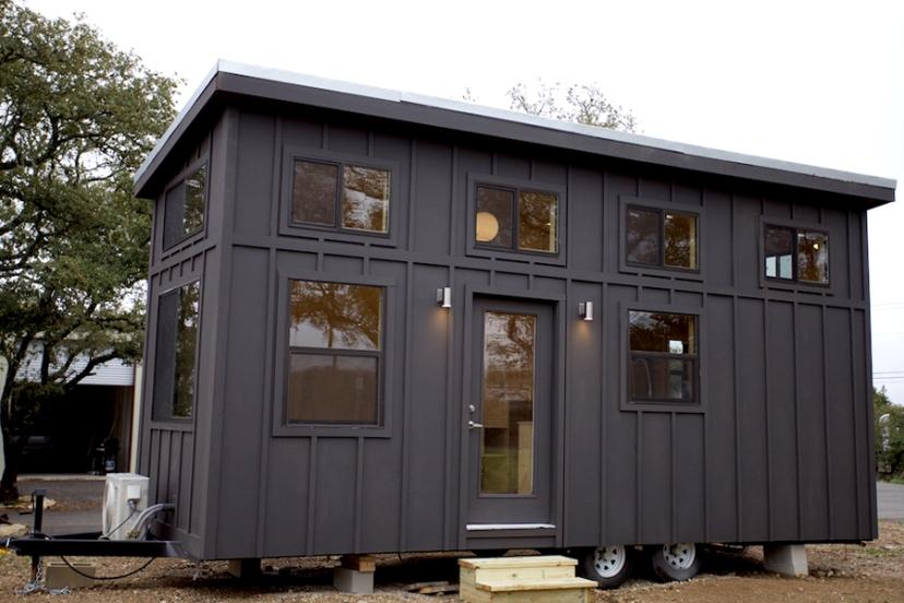 Modern-Tiny-House-On-Wheels.jpg