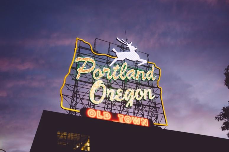 oregon_portland_sign_light_neon-175465.jpg!d.jpg