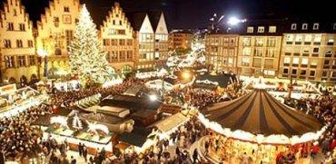 Christmas Market Bozen Bolzano.jpg
